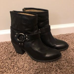 Frye Tabitha Harness Short Boot Black Sz 8 B